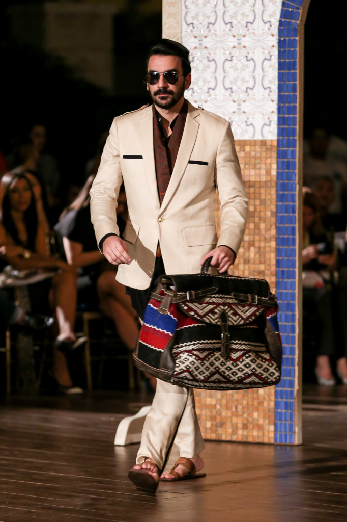 Jose-Jhan-Dominicana-Moda-Freddy-Cruz-2015-SS16-Sagaboi-Look-1