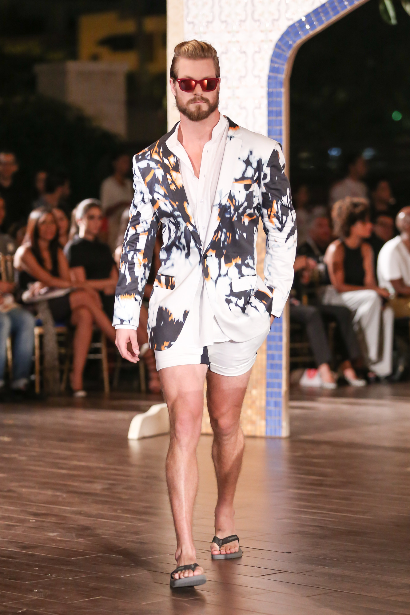 Jose-Jhan-Dominicana-Moda-Freddy-Cruz-2015-SS16-Sagaboi-Look-52
