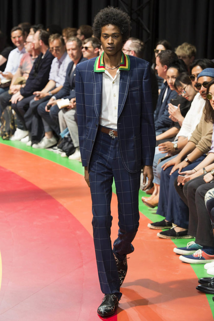 Paul Smith Paris Fashion Week Spring Summer 2017 - Sagaboi - Look 1
