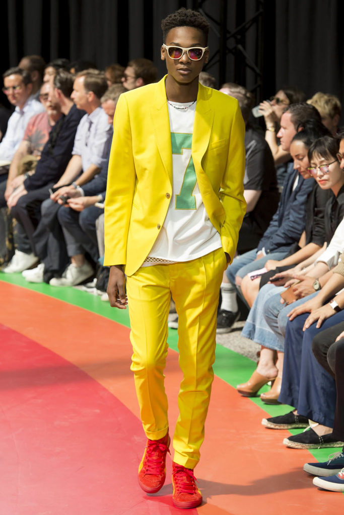 Paul Smith Paris Fashion Week Spring Summer 2017 - Sagaboi - Look 31