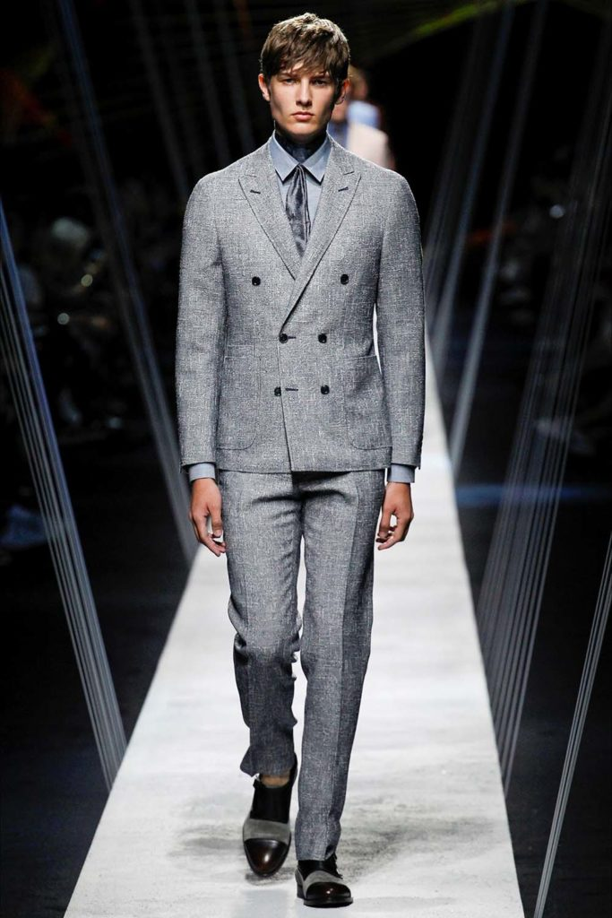 Canali – Milan Fashion Week - Spring Summer 2017 - Men's Fashion Shows - Look 01