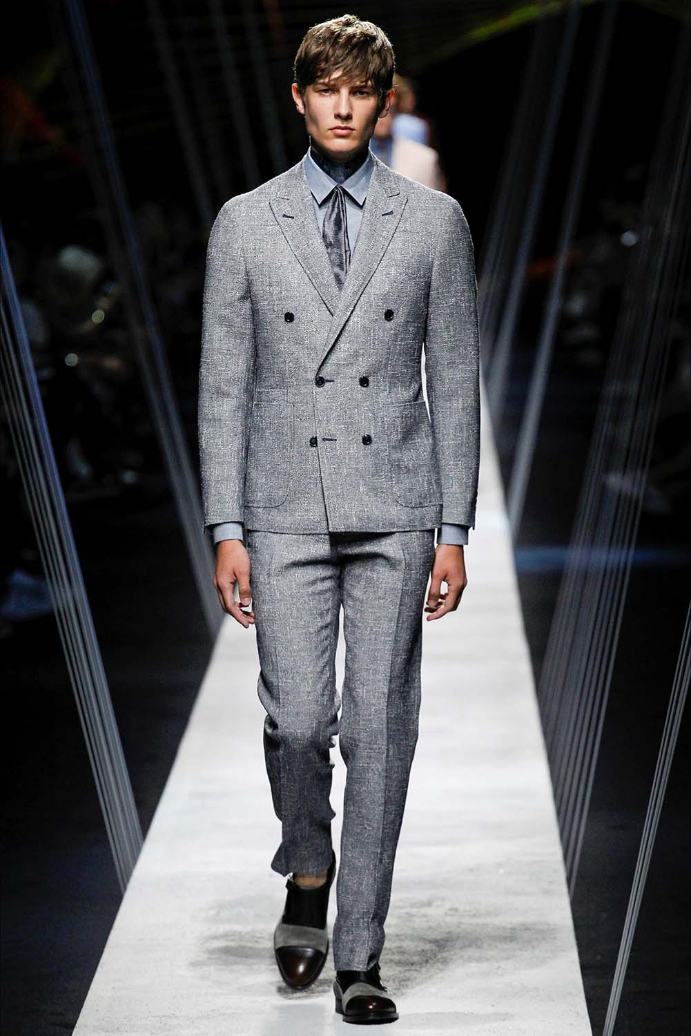 Canali – Milan Fashion Week – Spring Summer 2017 – Look 1