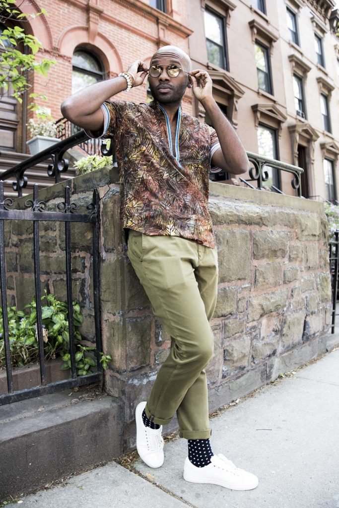Geoff K. Cooper photographed by Marco Vazquez for a men's short sleeve shirt blog story. (Look 5)