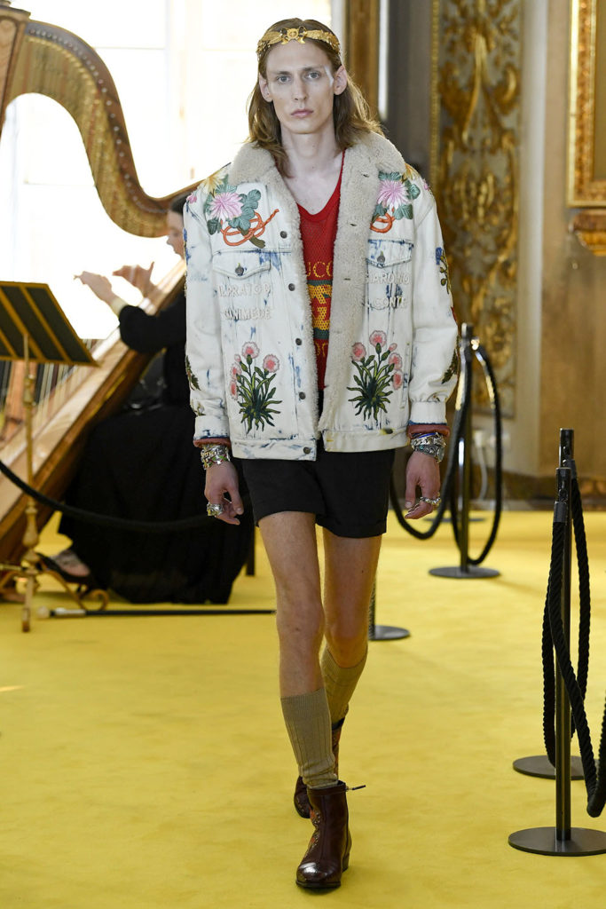 Look 10 - Gucci Resort (Cruise) 2018 Fashion Show at the Palatina Gallery in Florence's Pitti Palace in Italy.