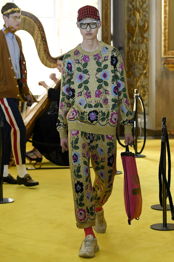 Look 100 - Gucci Resort (Cruise) 2018 Fashion Show at the Palatina Gallery in Florence's Pitti Palace in Italy.