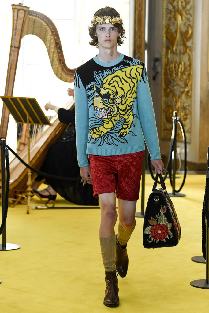 Look 106 - Gucci Resort (Cruise) 2018 Fashion Show at the Palatina Gallery in Florence's Pitti Palace in Italy.