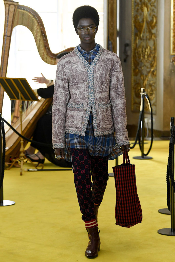 Look 109 - Gucci Resort (Cruise) 2018 Fashion Show at the Palatina Gallery in Florence's Pitti Palace in Italy.