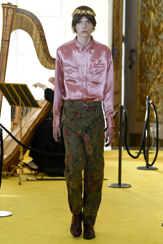 Look 11 - Gucci Resort (Cruise) 2018 Fashion Show at the Palatina Gallery in Florence's Pitti Palace in Italy.