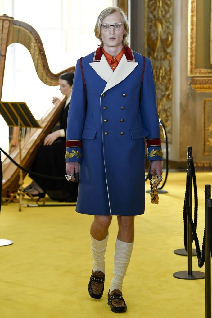 Look 46 – Gucci Resort (Cruise) 2018 Fashion Show at the Palatina Gallery in Florence's Pitti Palace in Italy.