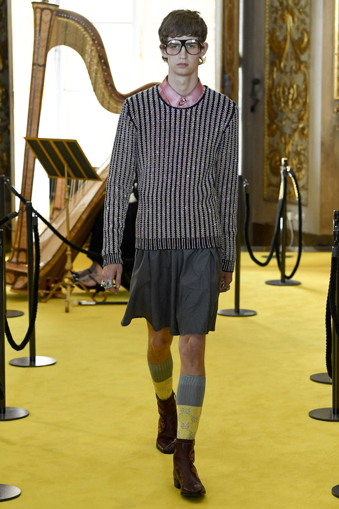 Look 72 – Gucci Resort (Cruise) 2018 Fashion Show at the Palatina Gallery in Florence's Pitti Palace in Italy.