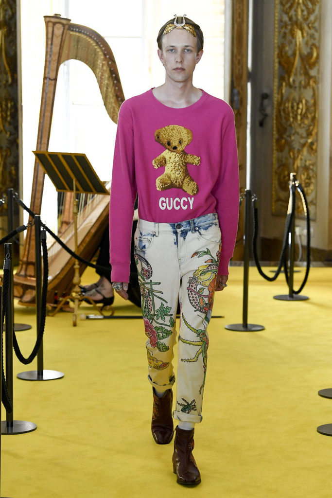Look 83 - Gucci Resort (Cruise) 2018 Fashion Show at the Palatina Gallery in Florence's Pitti Palace in Italy.