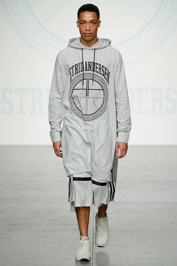 Astrid Andersen London Fashion Week Men's Spring Summer 2018 - Sagaboi - Look 17
