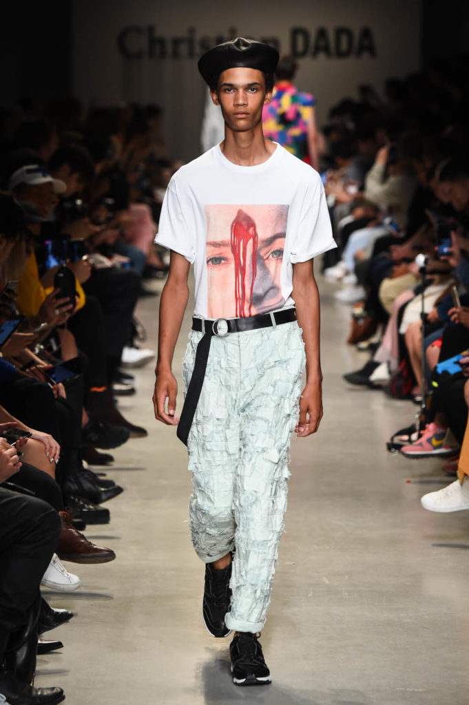Christian Dada Paris Fashion Week Men's Spring Summer 2018 - Sagaboi - Look 16
