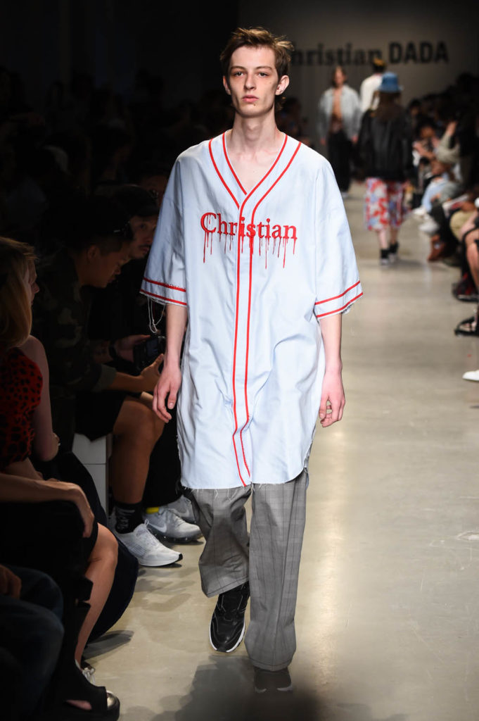 Christian Dada Paris Fashion Week Men's Spring Summer 2018 - Sagaboi - Look 28