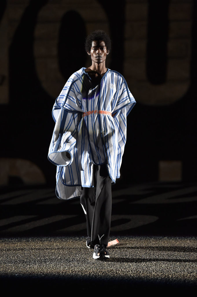 Off-White Pitti Uomo Fashion Week Men's Spring Summer 2018 - Sagaboi - Look 8