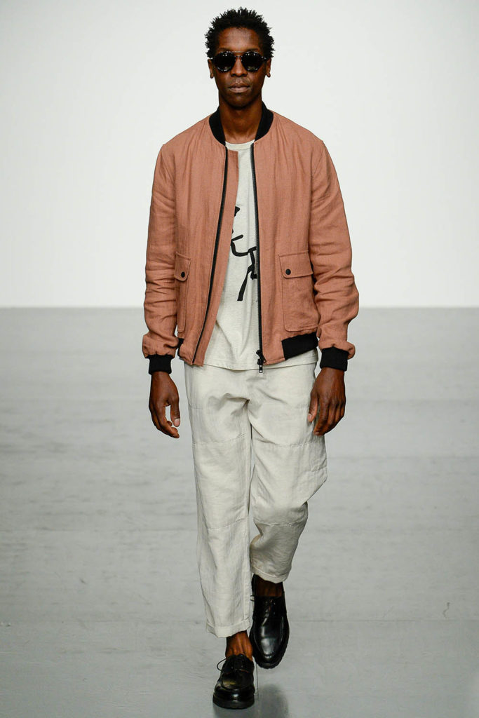 Oliver Spencer London Fashion Week Men's Spring Summer 2018 - Sagaboi - Look 10