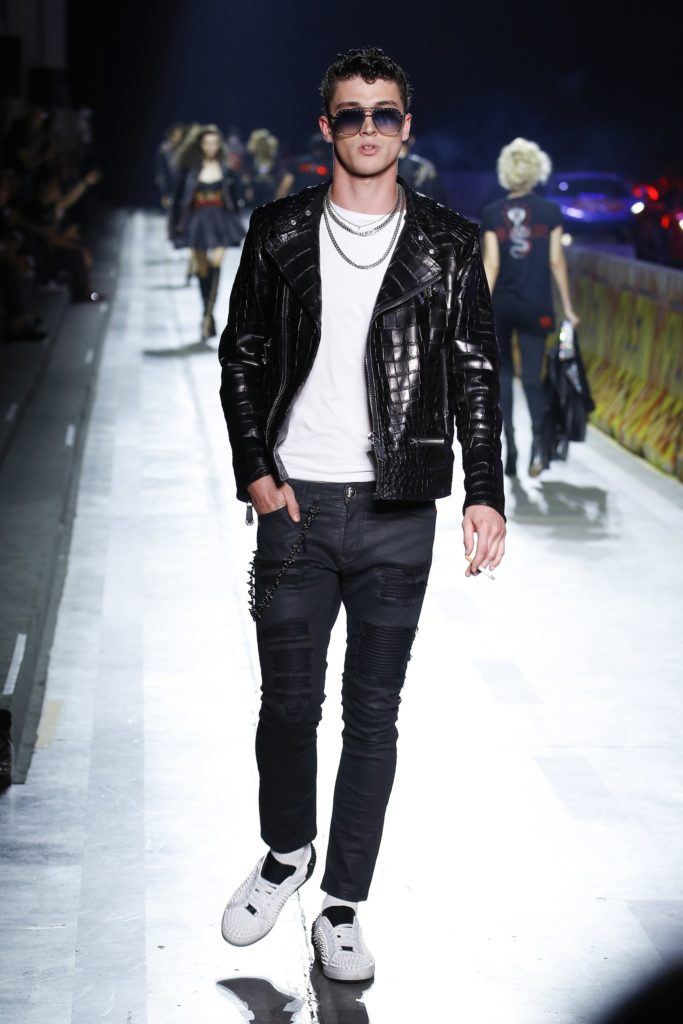 Philipp Plein Milan Fashion Week Men's Spring Summer 2018 - Sagaboi - Look 10