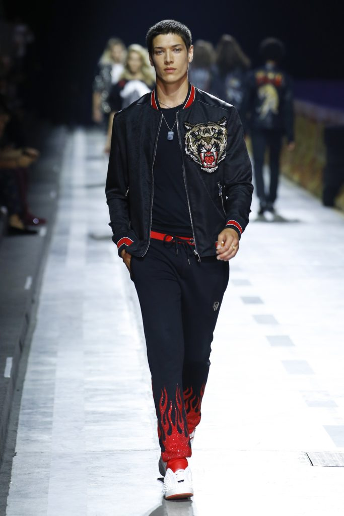 Philipp Plein Milan Fashion Week Men's Spring Summer 2018 - Sagaboi - Look 17