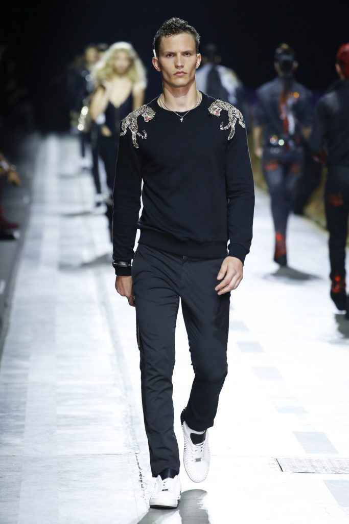 Philipp Plein Milan Fashion Week Men's Spring Summer 2018 - Sagaboi - Look 35