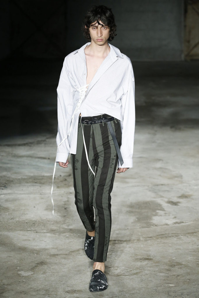 Damir Doma Milan Fashion Week Men's Spring Summer 2018 - Sagaboi - Look 1