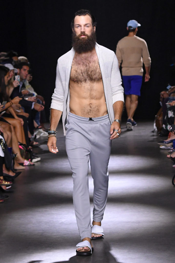 Grungy Gentleman New York Fashion Week Men's Spring Summer 2018 - Sagaboi - Look 20
