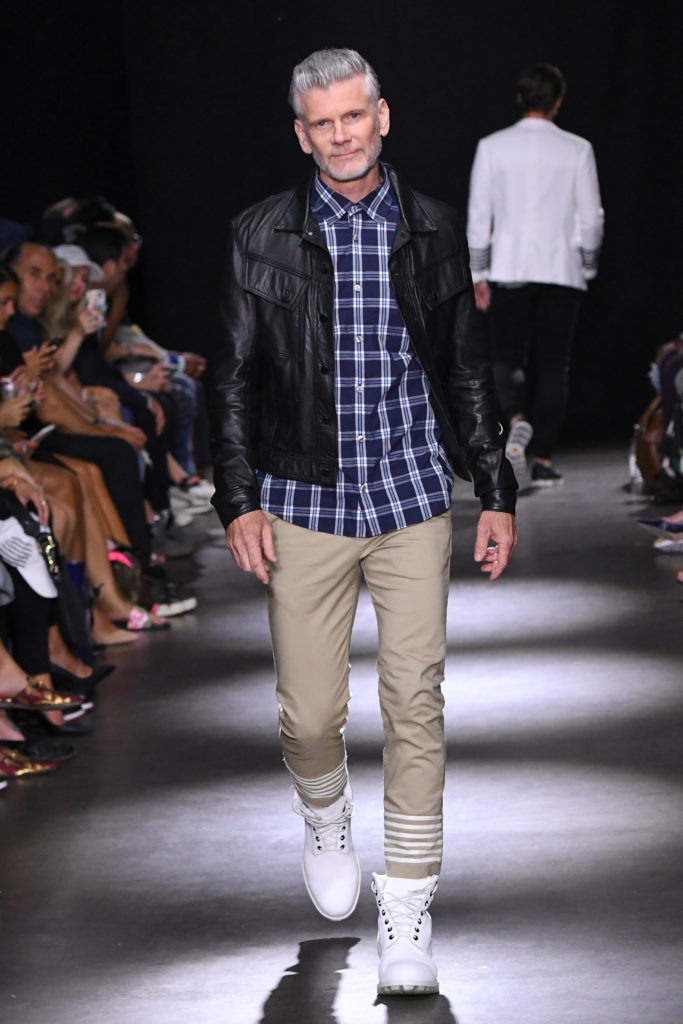 Grungy Gentleman New York Fashion Week Men's Spring Summer 2018 - Sagaboi - Look 9