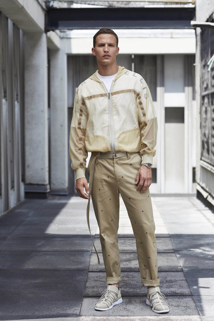 Perry Ellis New York Fashion Week Men's Spring Summer 2018 - Sagaboi - Look 14