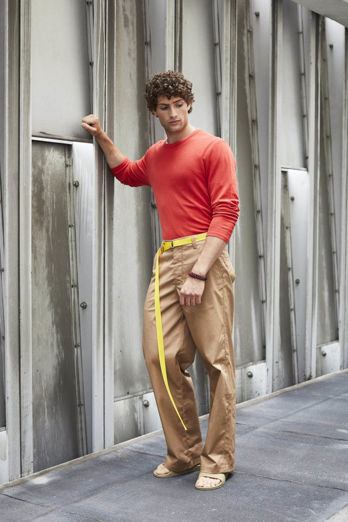 Perry Ellis New York Fashion Week Men's Spring Summer 2018 - Sagaboi - Look 8