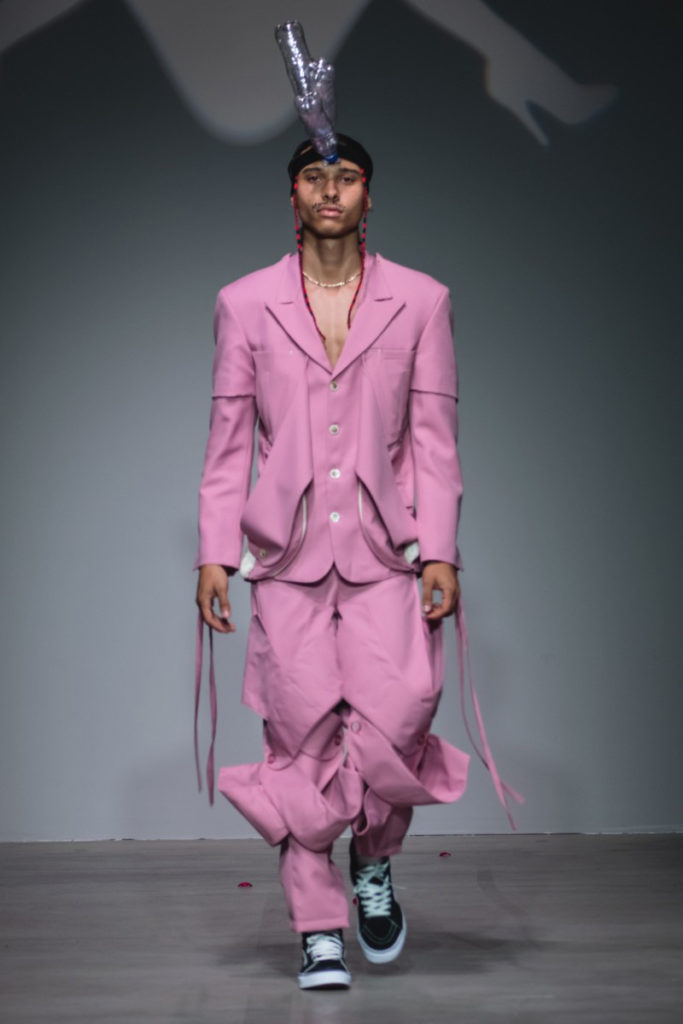Sanchez-Kane New York Fashion Week Men's Spring Summer 2018 - Sagaboi - Look 18
