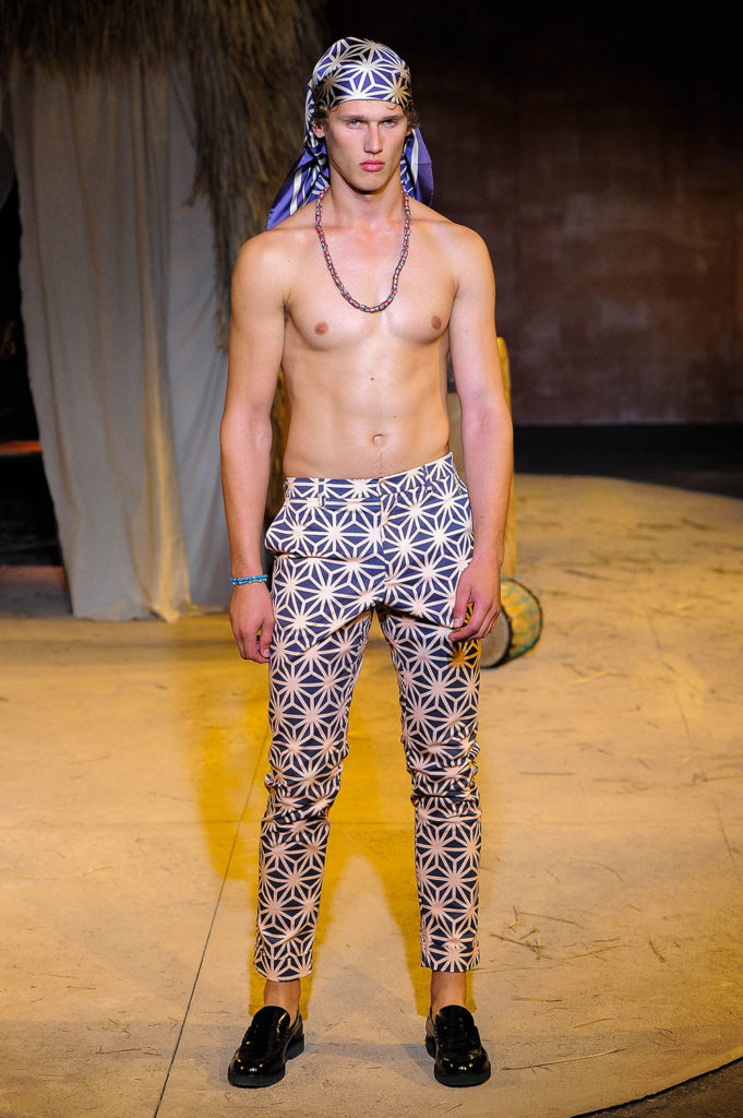Teddy Ondo Ella New York Fashion Week Men's Spring Summer 2018 - Sagaboi - Look 20