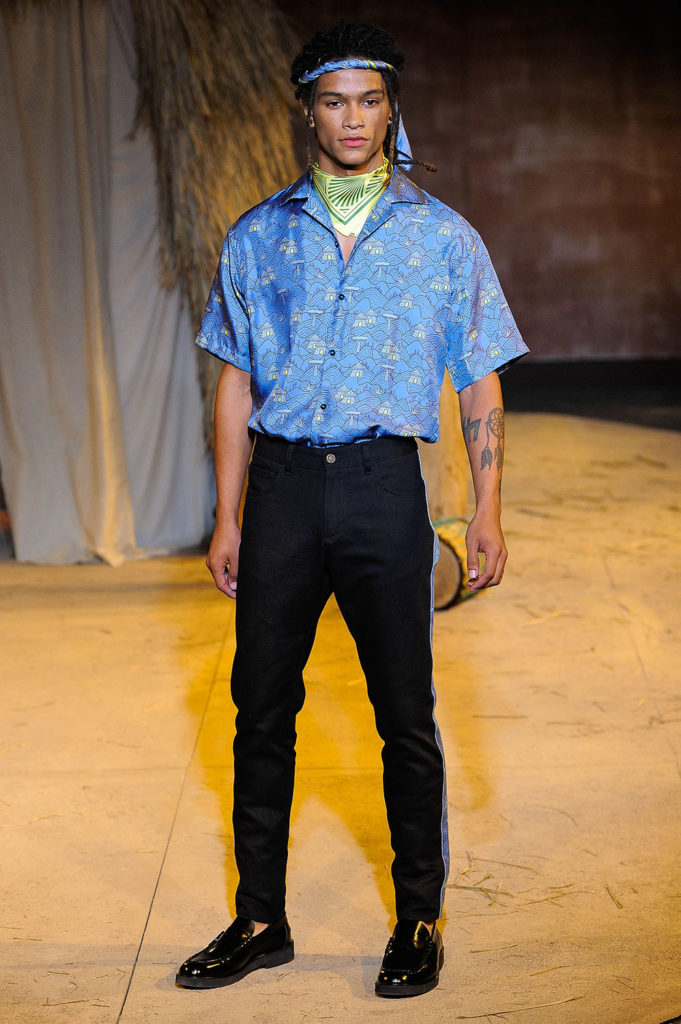 Teddy Ondo Ella New York Fashion Week Men's Spring Summer 2018 - Sagaboi - Look 21