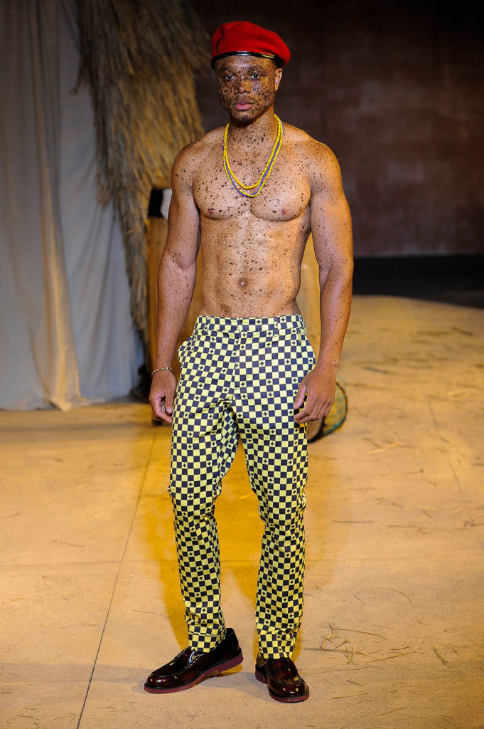 Teddy Ondo Ella New York Fashion Week Men's Spring Summer 2018 - Sagaboi - Look 23