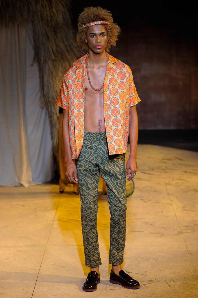 Teddy Ondo Ella New York Fashion Week Men's Spring Summer 2018 - Sagaboi - Look 25