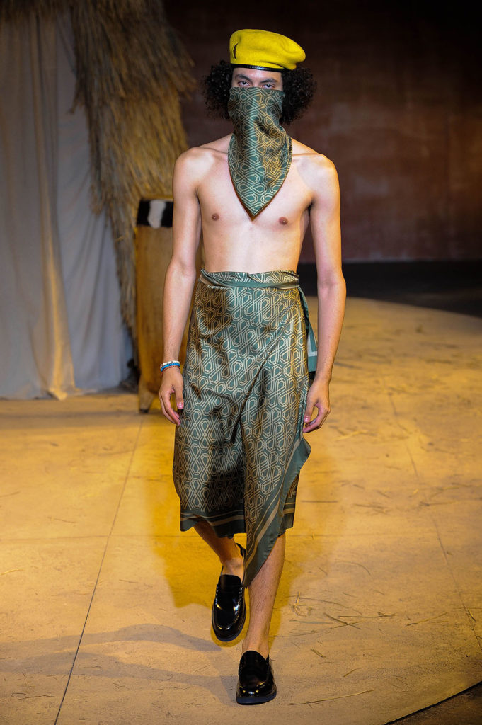 Teddy Ondo Ella New York Fashion Week Men's Spring Summer 2018 - Sagaboi - Look 8