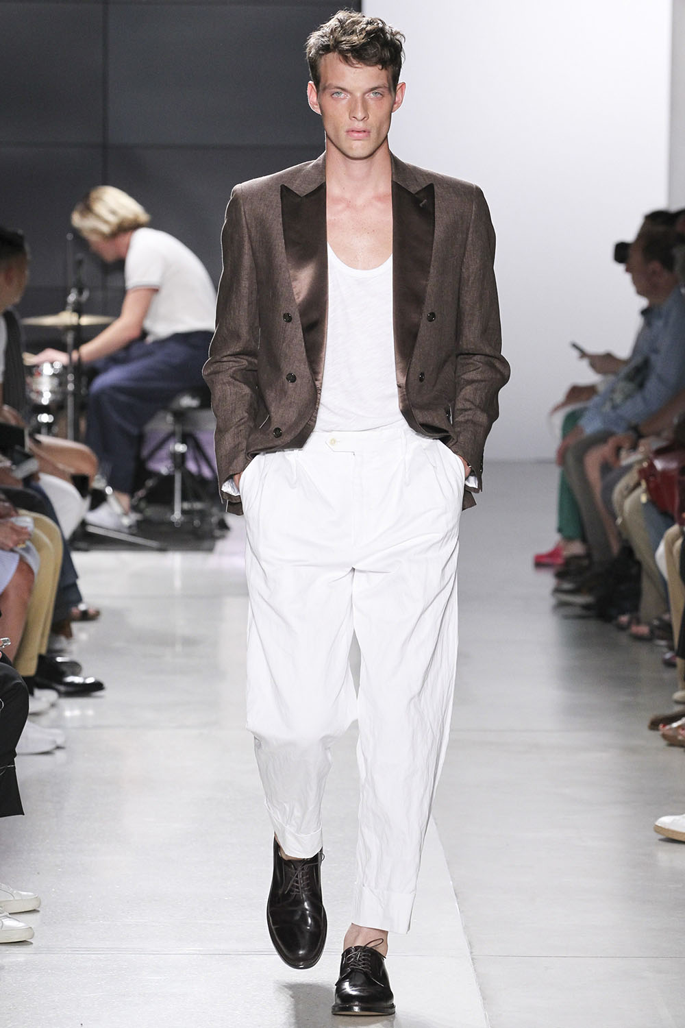 Todd Snyder SS18 Collection. Male model walking the catwalk at T