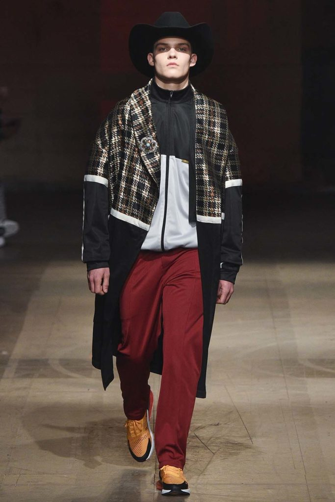 Astrid Andersen Fashion Week Autumn Winter 2018 - Sagaboi - Look 8