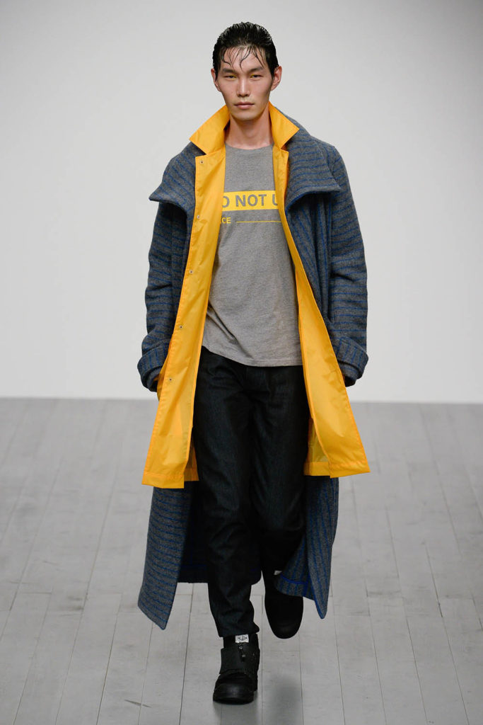 Christopher Raeburn London Fashion Week Men's Fall Winter 2018 - Sagaboi - Look 10