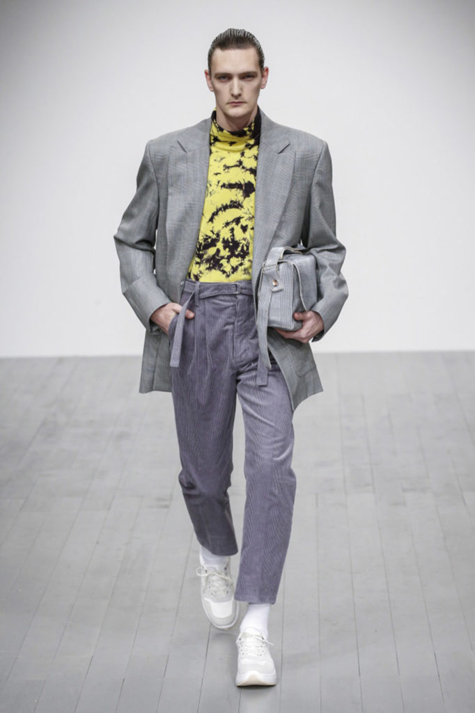 Alex Mullins London Fashion Week Men's Fall Winter 2018 - Sagaboi - Look 2