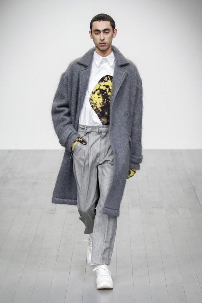 Alex Mullins London Fashion Week Men's Fall Winter 2018 - Sagaboi - Look 3