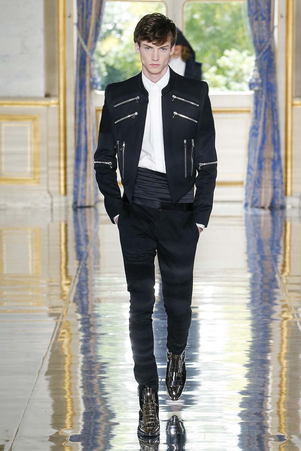 Balmain Paris Fashion Week Men's SS19 - Sagaboi - Look 105