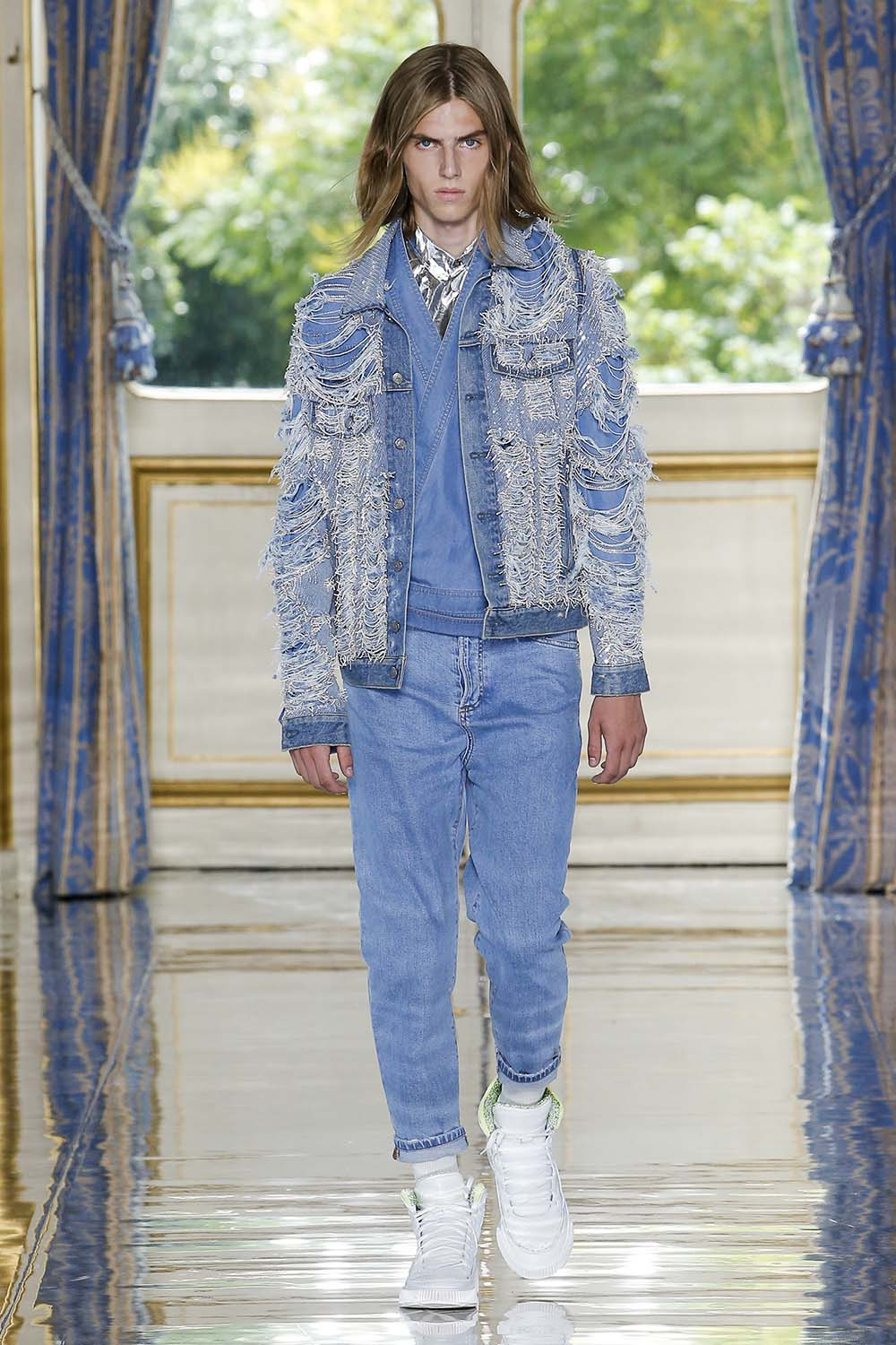 Balmain Paris Fashion Week Men's SS19 - Sagaboi - Look 12