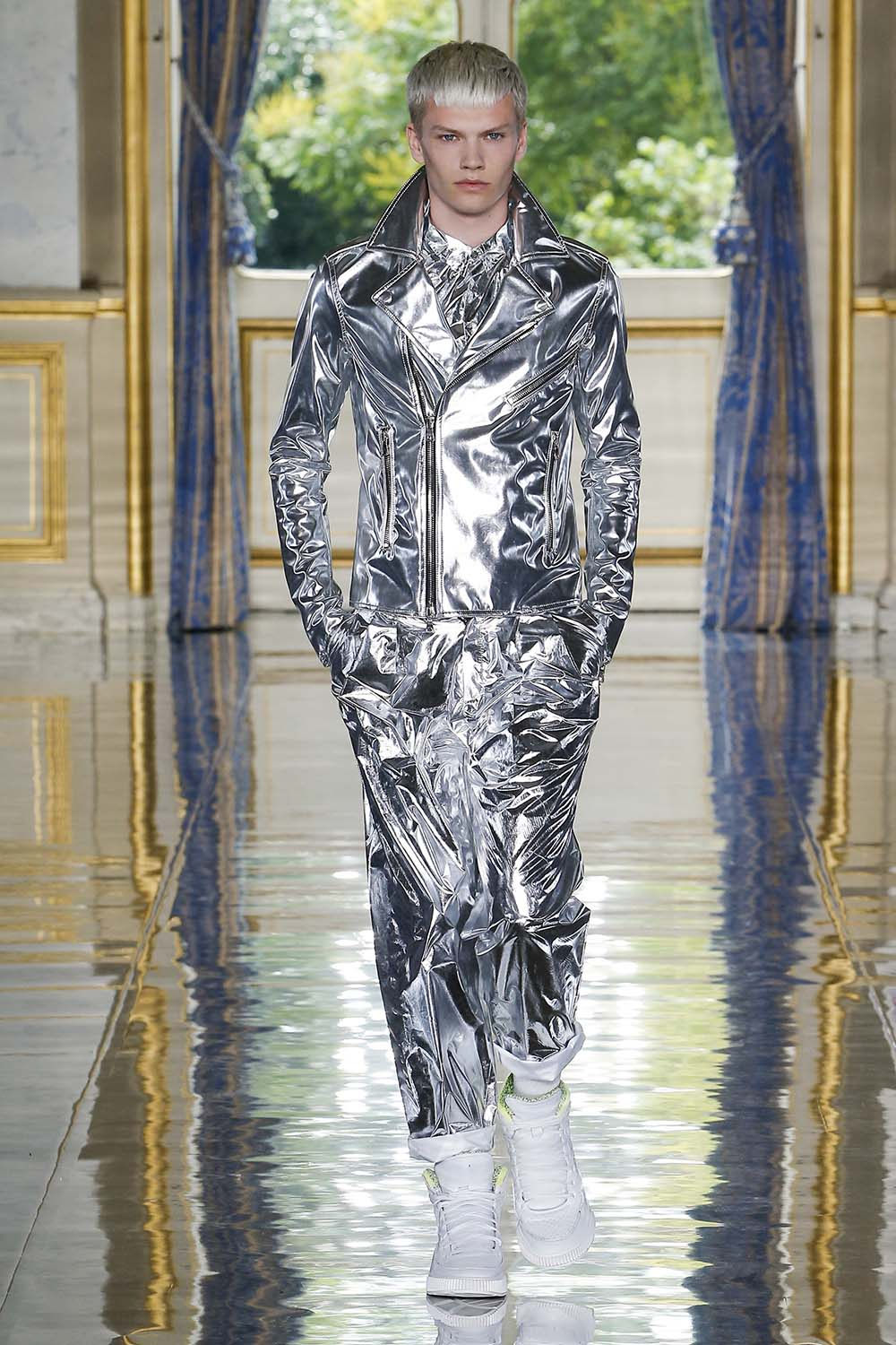 Balmain Paris Fashion Week Men's SS19 - Sagaboi - Look 36