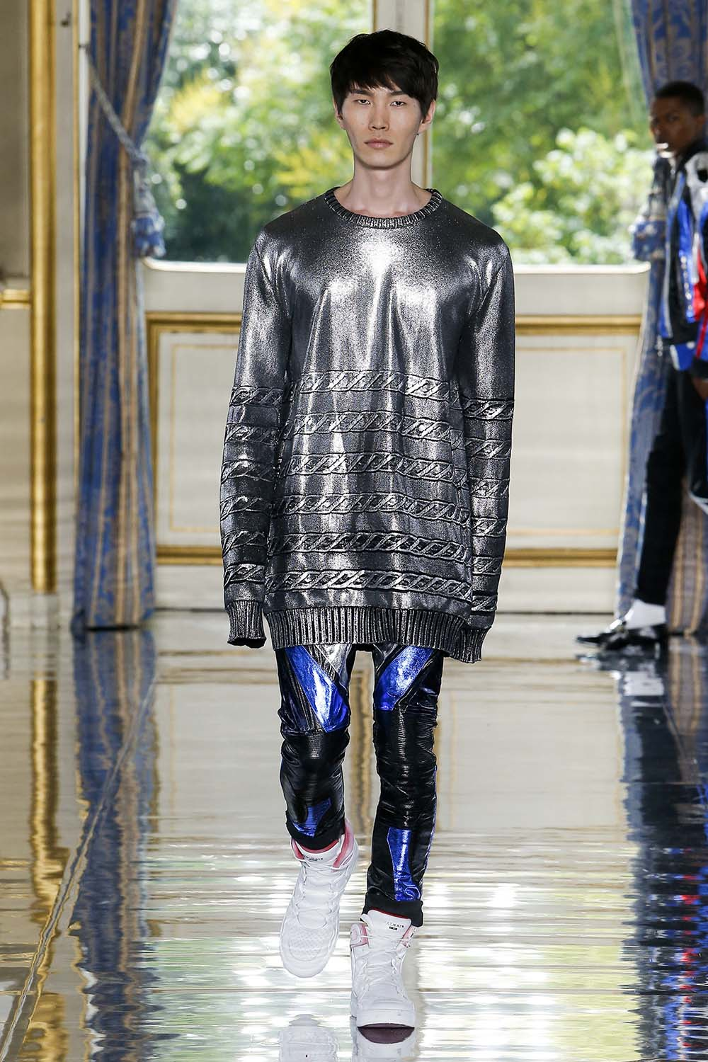 Balmain Paris Fashion Week Men's SS19 - Sagaboi - Look 54