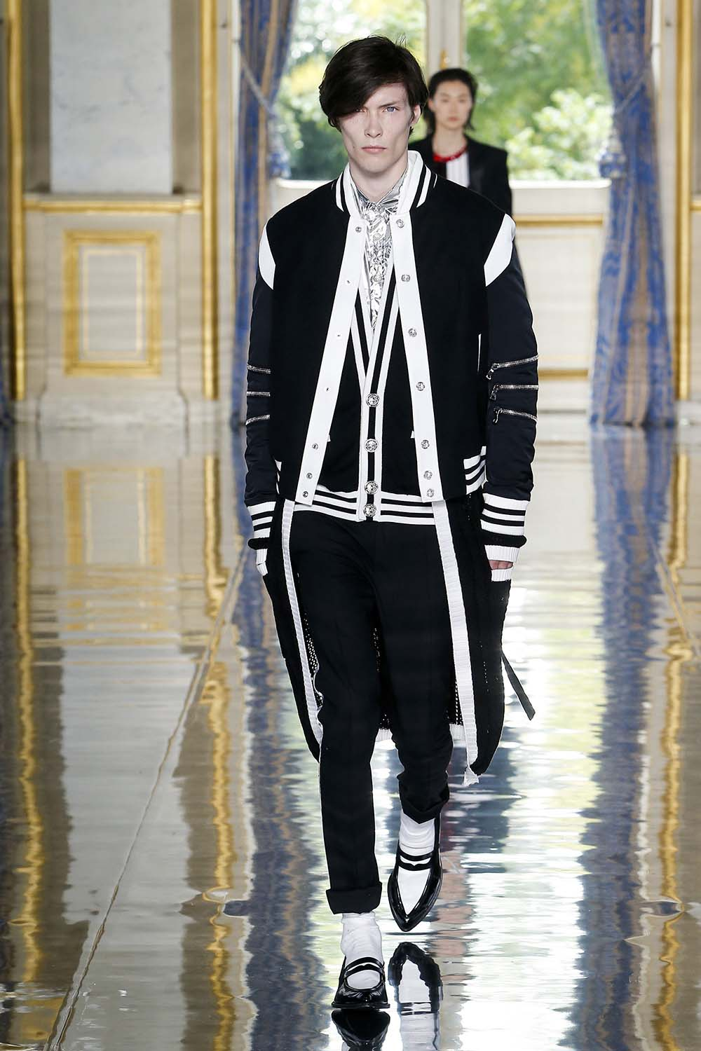 Balmain Paris Fashion Week Men's SS19 - Sagaboi - Look 86