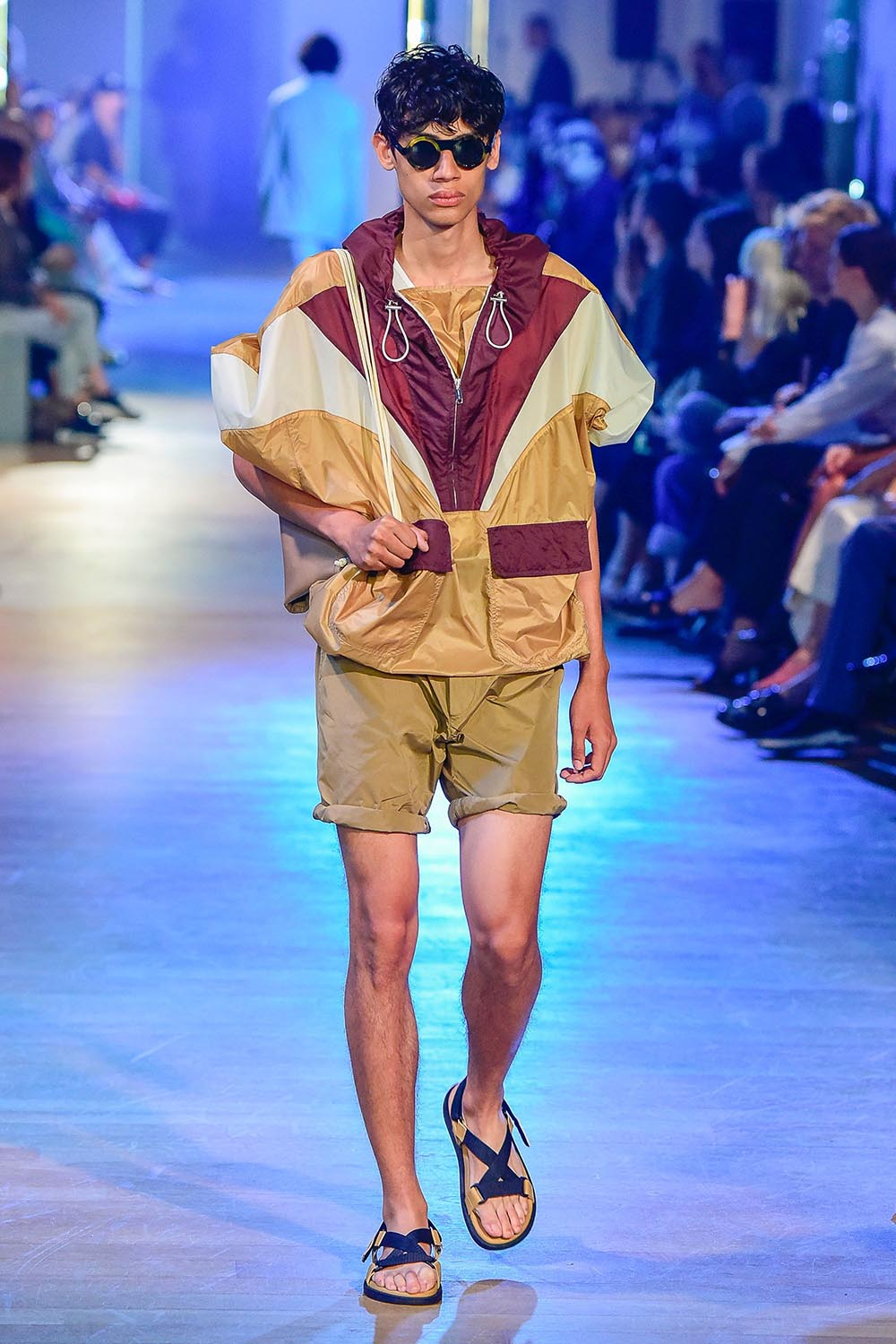 Cerruti 1881 Paris Fashion Week Men's SS19 - Sagaboi - Look 17