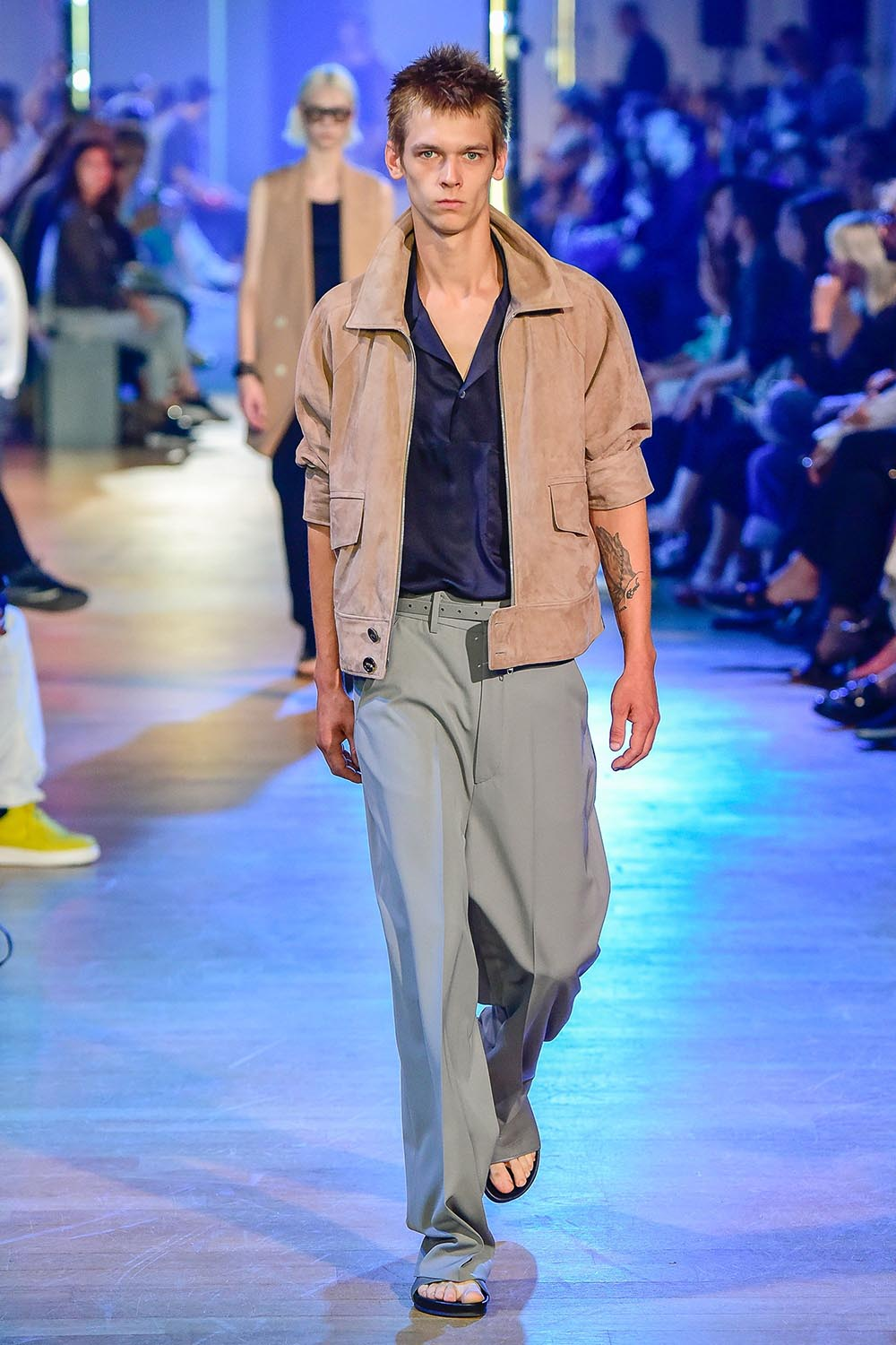 Cerruti 1881 Paris Fashion Week Men's SS19 - Sagaboi - Look 18