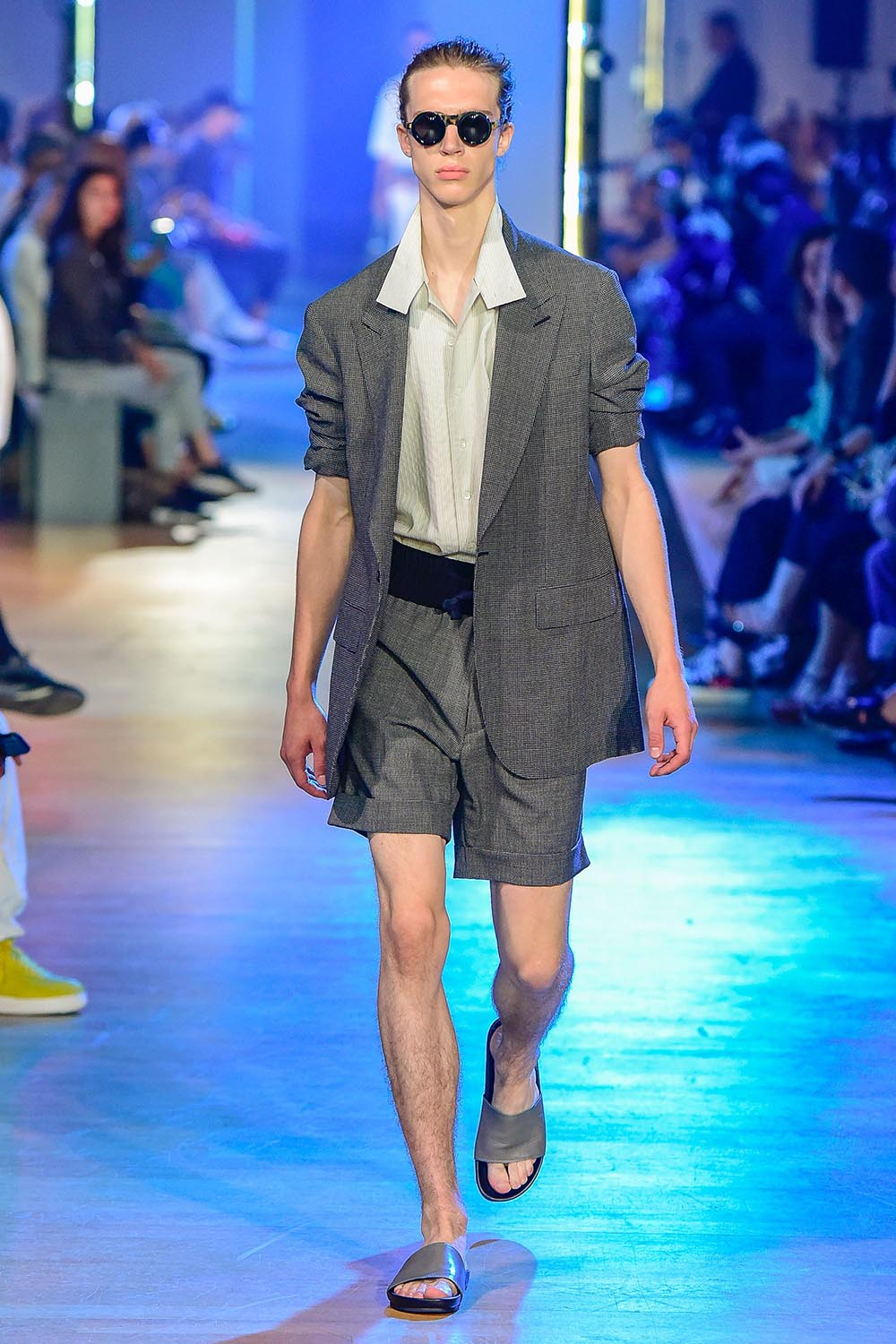 Cerruti 1881 Paris Fashion Week Men's SS19 - Sagaboi - Look 23