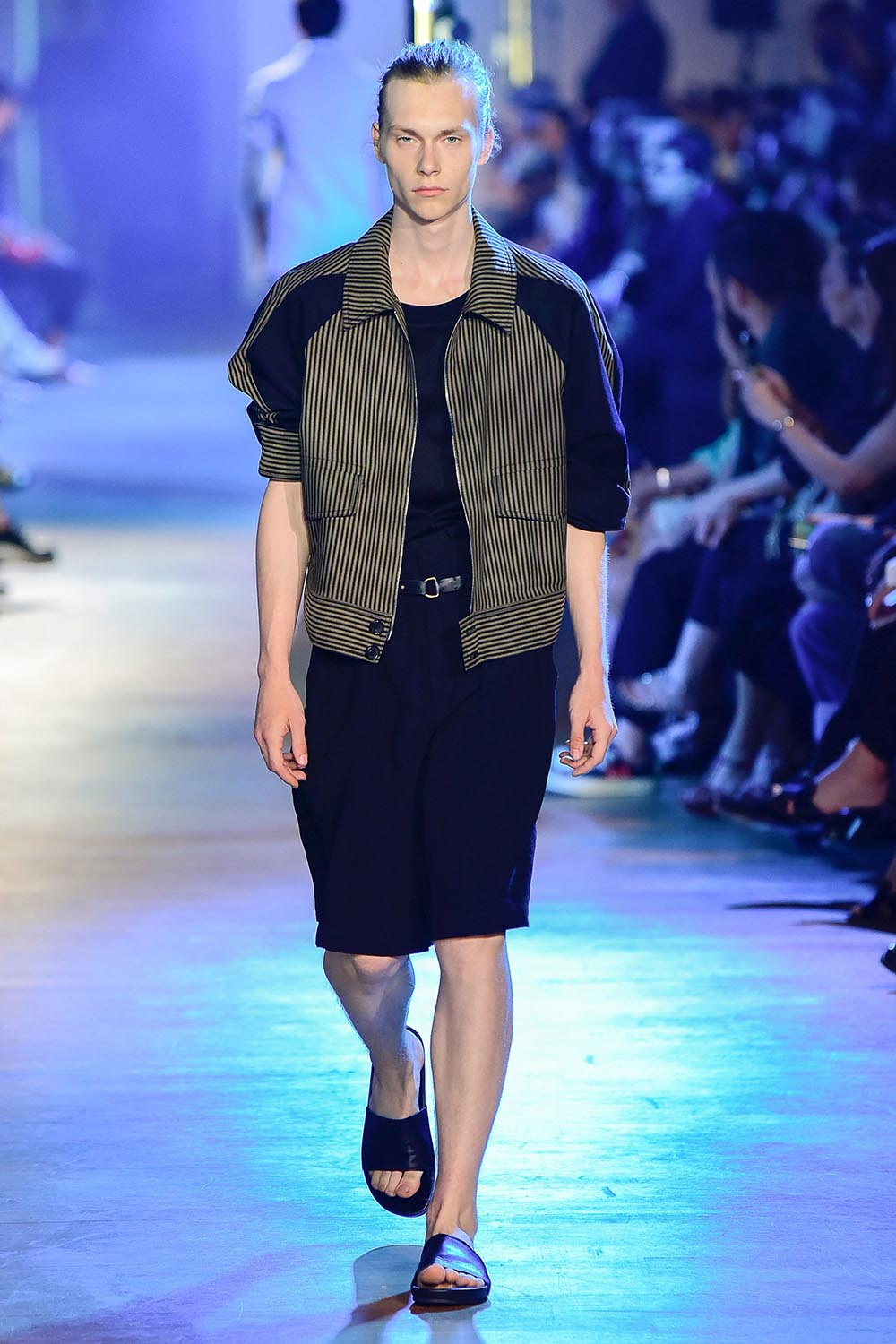 Cerruti 1881 Paris Fashion Week Men's SS19 - Sagaboi - Look 31