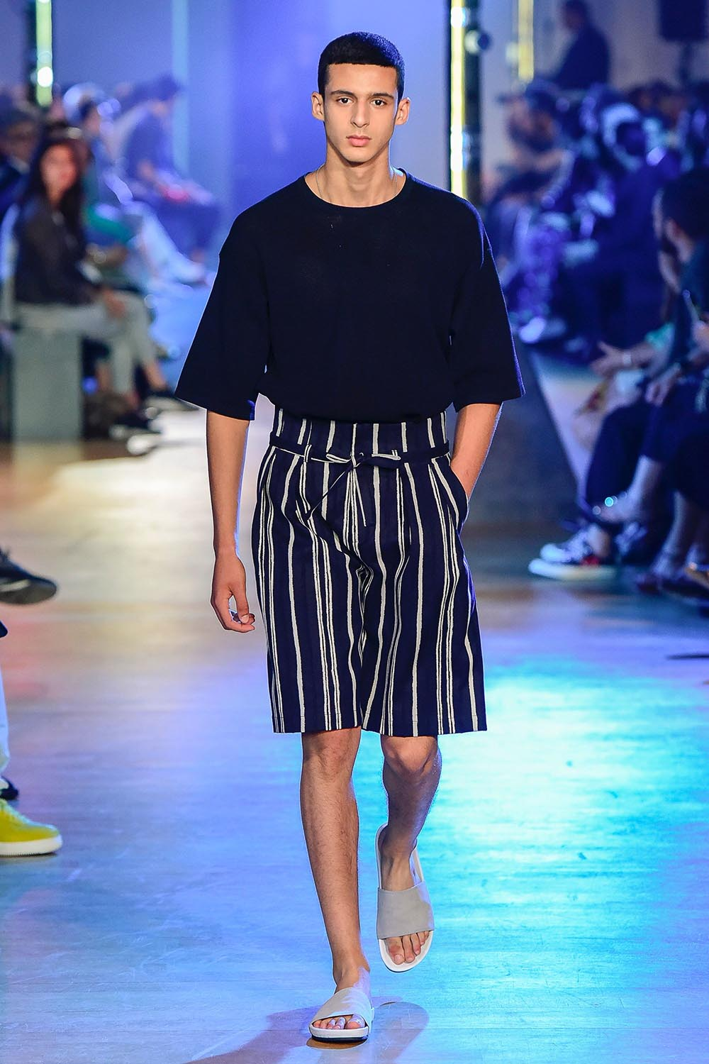 Cerruti 1881 Paris Fashion Week Men's SS19 - Sagaboi - Look 33
