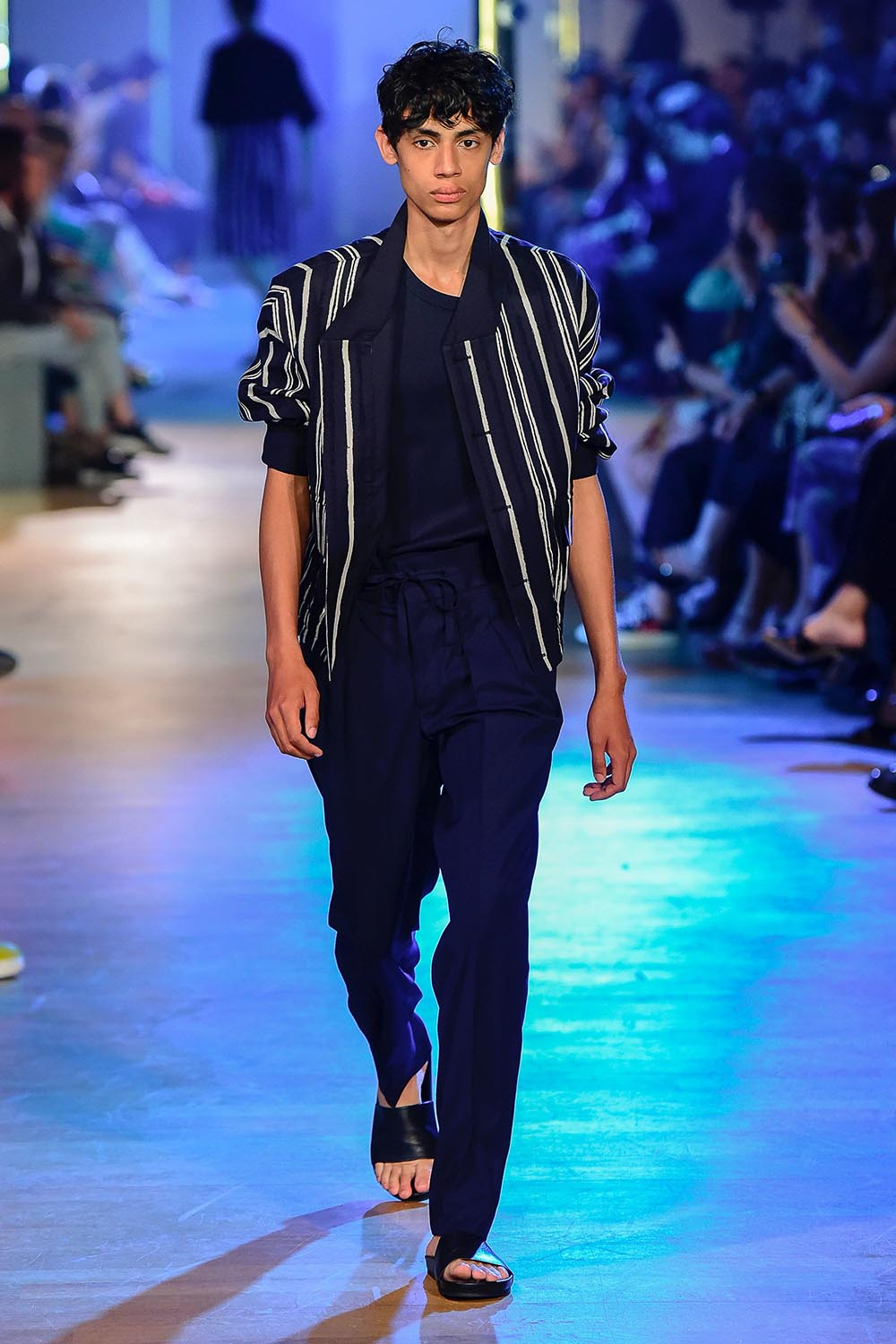 Cerruti 1881 Paris Fashion Week Men's SS19 - Sagaboi - Look 35